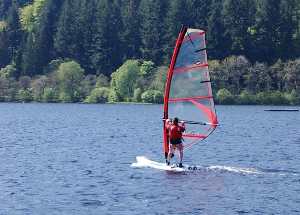 windsurfing instructor scotland